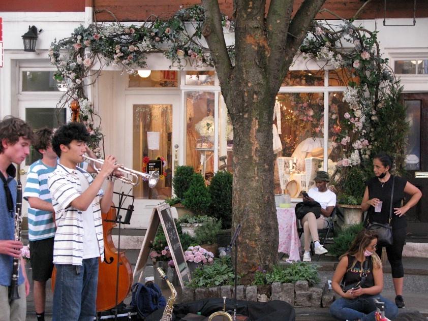 Music on Bleecker Street, New York City